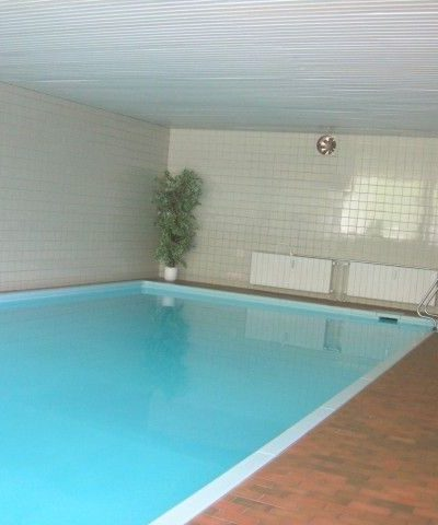 Das Schwimmbad - direkt mit dem Fahrstuhl erreichbar
