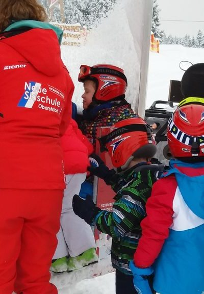 Die Kids sind in der Skischule gut untergebracht